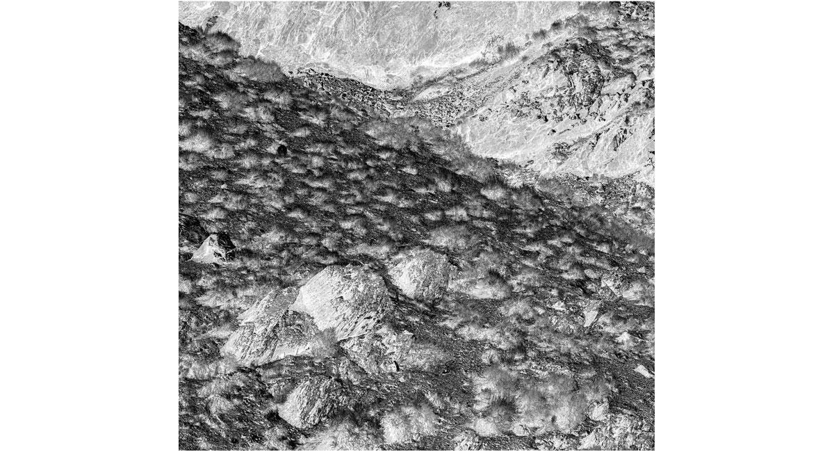 13_Black-Mountain-detail